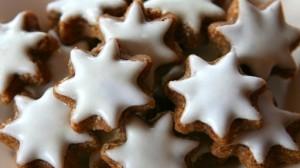 Zimtsterne - Cinnamon Stars